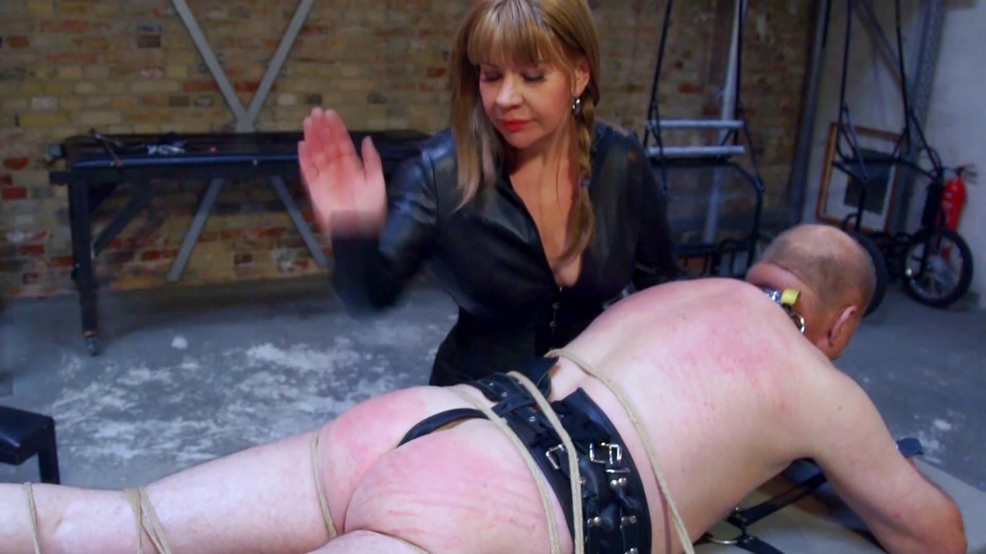 Sextreff Berlin Strafen Für Sub