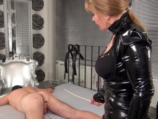 mistress mercedes uses a cane